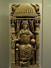 Ivory panel of a Byzantine Empress, possibly Empress Ariadne (c. 500) Kunsthisto…