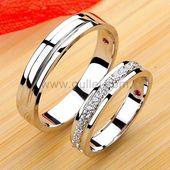 Passende Diamant-Verlobungsringe für Paare mit in…