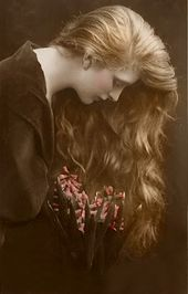 The nice actress Gladys Cooper (1888-1971)  Her appearing profession spanned 70 years …