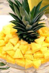 Behalten Sie die Spitze der Ananas … so eine ein…