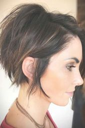 Messy Side Swept Pixie Bob #pixiebob #haircuts #hairstyles ❤ Pixie bob is a trend you shouldn't pass by. It has lots of variations which means you...