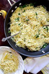 Spaghetti à l'huile d'olive fraîche au citron, à l'ail et aux herbes fraîches   – Approved Cooking