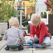 25 Spielideen für Babys und Kleinkinder – zum Greifen, Ordnen, Stecken & Schrauben – Josee Nankia
