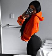 ad035d798d18823f2b0a788fcdddb4ee - 38 Photos of Sports Girls in Tight Pants Will Make Your Day