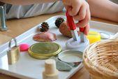 Une petite expérience d'aimant   – Montessori