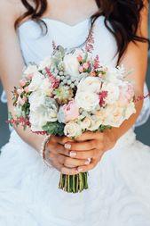 45 romantische Hochzeitsinspirationen mit Astilben   – Brautstrauß italien