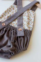 Kostenlose Nähanleitung für eine Baby Latzhose | hausgemachtes – blog   – Nähen