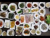 Korean Food & What You Should EAT in South Korea #travel #food #southkorea #kore…