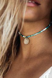 "Choker Halskette mit ""Kompass"" Anhänger"