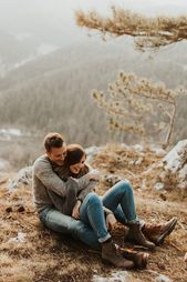We're Totally Obsessed with These Winter Engagement Photo Outfit Ideas   – M Y G O R G E O U S A U T U M N T I M E
