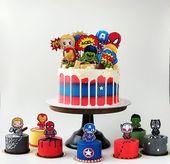 Avengers buttercream cake – Batman and friends party