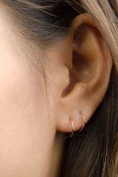 Tiny Hoop Earrings- Huggie Earrings- Cartilage Hoop-Gold Hoop Earrings- Minmalist Earrings- Dainty Hoop Earrings- Skinny Hoop Earrings-EAR001