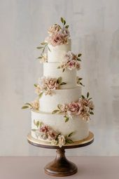 Beautiful 4 tier wedding cake with floral appliques by Winifred kriste cake cake…  – Hochzeitstorten