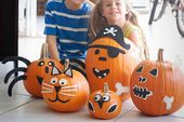 Felt embellished pumpkins- 15 Awesome No-Carve Pu…