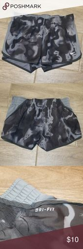>NIKE RUNNING< Black and Gray Shorts This is a super cute pair of NIKE running s... - My Posh Picks