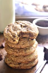 These Espresso Chocolate Chip Cookies are the perfect marriage of two amazing fl…