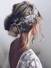 Coiffure de mariage: Description de la photo Coiffure en vedette: Ulyana Ast – #Ast #D …   – Hair Styles 2019