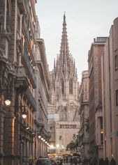The Most Instagrammable Places In Barcelona's Gothic Quarter