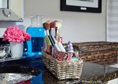 Simple make-up organization with fabric-covered tin cans – Simplicity in the south