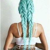 Stilvolle Geflochtene Frisur mit Einzigartigen Farben