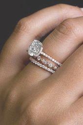 anillos de boda de diamantes anillos de compromiso de oro rosa anillos de compromiso de corte redondo brid …   – different wedding rings