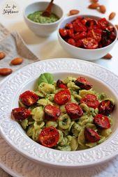 Orecchiette au pesto de basilic et amandes fraîches, tomates cerises grillées …   – Mes Recettes de Pâtes Italiennes