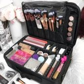 Gorgeous makeup organization for your room 40