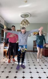 Watching This Irish Dad Learn A Tiktok Dance Is A 10 Minute Journey We All Need To Go On Dad Dancing Dancing Day Dance Choreography Videos