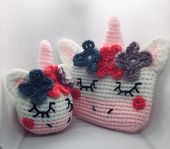 Kawaii Unicorn Purse and Key Ring pattern by Emma Lofthouse