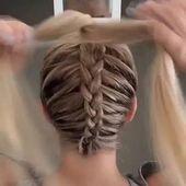 42 easy and quick hairstyles for school 11 – nothingideas.com #dieunordentlicheBrötchenfrisiert #hairstyles #nothingideas…