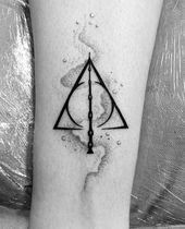 Deathly Hallows Tattoo Wir danken dem Besitzer
