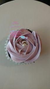 Lavendel Rosette Cupcake