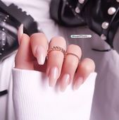 Nails Pinterest // Carriefiter // 90s Fashion Street Wear Streetstyle – #90s #ca…