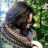 Twisted Cowl Crochet Pattern