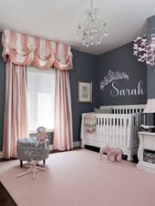 Benutzerdefinierte Prinzessin Krone w / Name Wall Decal – Babygirl Kindergarten, Baby Girl Child's Wall Art, Mädchen Zimmer oder Kinderzimmer Princess Decor, personalisiert   – Amina