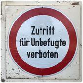 Verboten Saal Bahnhof Schild Sign Bahnhof Schilder Instagram