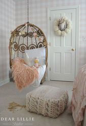 A Few Seasonal Touches To Lillie's Fall Room