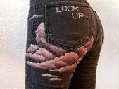 DIY: Rosa Wolken gemalt auf Jeans # gemalt # Jeans…