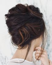 17 Showiest Side Bun Hairstyles Pictures #weddingsidebuns 3-Minute Elegant SIDE BUN Hairstyle EASY Summer Updo ... Hair tutorial: how to do quick & ea...