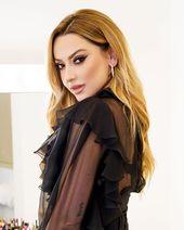 Pin By Maida On Hadise Acigoz Beauty Celebrities Women