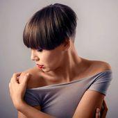 Fitness Girl Bob Haarschnitt Frisur Kurzhaarfrisuren Fitness Frisur Frisuren Kurzhaar Kurzhaarfrisuren Styling Kurzes Haar Haar Styling