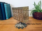 Hollywood Regency Brass napkin holder, Footed bras…