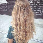 waterfall-braid-on-curly-hair
