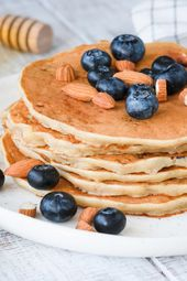 Low carb pancakes: recipe with almond flour   – Low  Carb