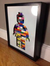 Dies ist ein einzigartiges Geschenk für jeden LEGO®-Enthusiasten! Dieser Schattenrahmenrahmen   – Wohnschrott