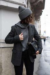 25+ Winter Street Style Outfits, die dich stilvoll und warm halten   – Fashion