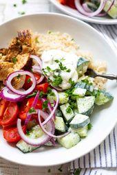 Griechische Hähnchen-Tzatziki Bowl