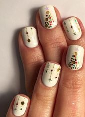 60+ Nail Art For Christmas Ideas 1