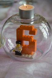Lego Tischnummer Deko mit Lego   – Kindergeburtstag: Deko, Rezepte, Spielideen, Einladungskarten