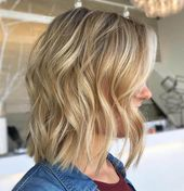 20 Medium Shaggy Hairstyles to Get Stylish Look